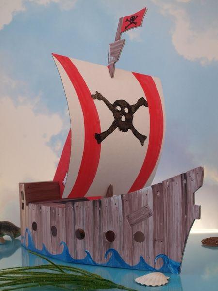 Пиратский корабль малый, с контуром