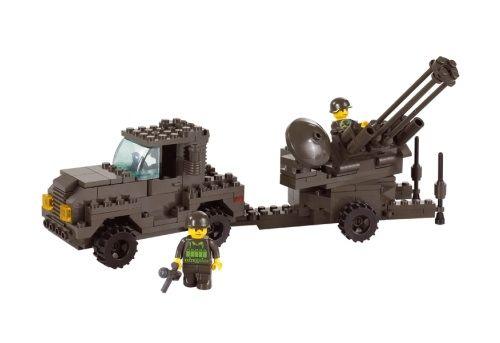 """Конструктор """"Воздушные войска: Грузовик и зенитная установка"""", 221 деталь"""